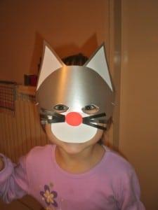 Maske od papira u obliku mačke