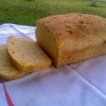Domaći kukuruzni kruh (iz pekača)