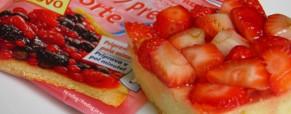 Jednostavni kolač s jagodama i limunom