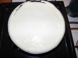 Upravo ispečeni cheesecake