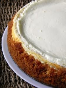 Fotografija cijelog cheesecake-a
