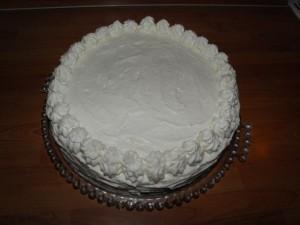 Opis kako tortu premazati kremom