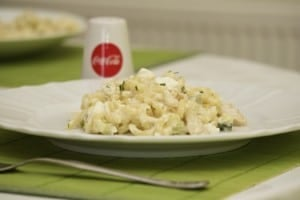 Grčka salata s tjesteninom