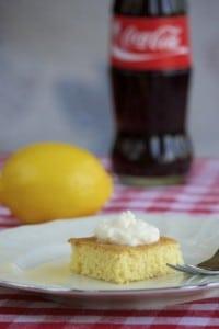 Brzi kolač od griza i limuna