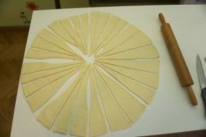 Izrezati na dugačke i uske trokute