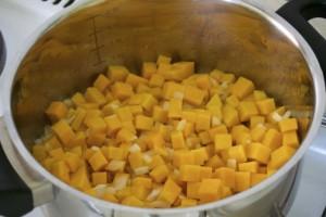 Priprema umaka za tjesteninu