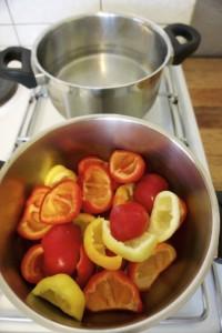 Kiseljenje paprike za zimnicu...1. korak: zakuhavanje tekućine sa octom