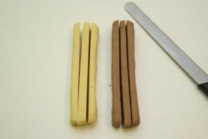 Rezati ohlađene blokove tijesta na 6 uglatih traka