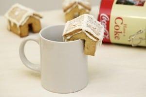 Kućice od medenjaka savršeno pašu na rub šalice
