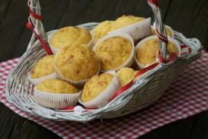 Brzi muffini sa sirom - spremni za kušanje! :) Dobar tek!!!
