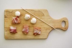 Omotati svaki komadić mesa pancetom