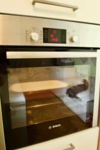 Pecite biskvit na 180C