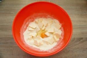 Pripremite sve sastojke za prhko tijesto
