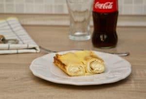 Slatke zapečene palačinke sa sirom i vrhnjem
