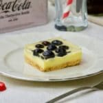 Kremasti kolač sa borovnicama bez pečenja