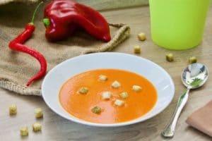 Krem juha od crvene paprike sa čilijem