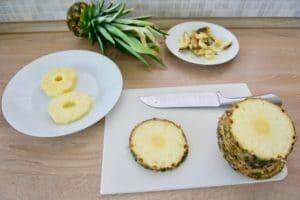 Ananas narezati na šnite...