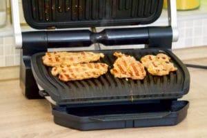 Meso možete peći na Tefal Optigrilu ili klasičnom roštilju