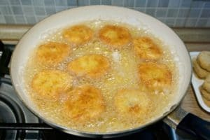 Chicken nuggets kao domaći pileći nuggetsi
