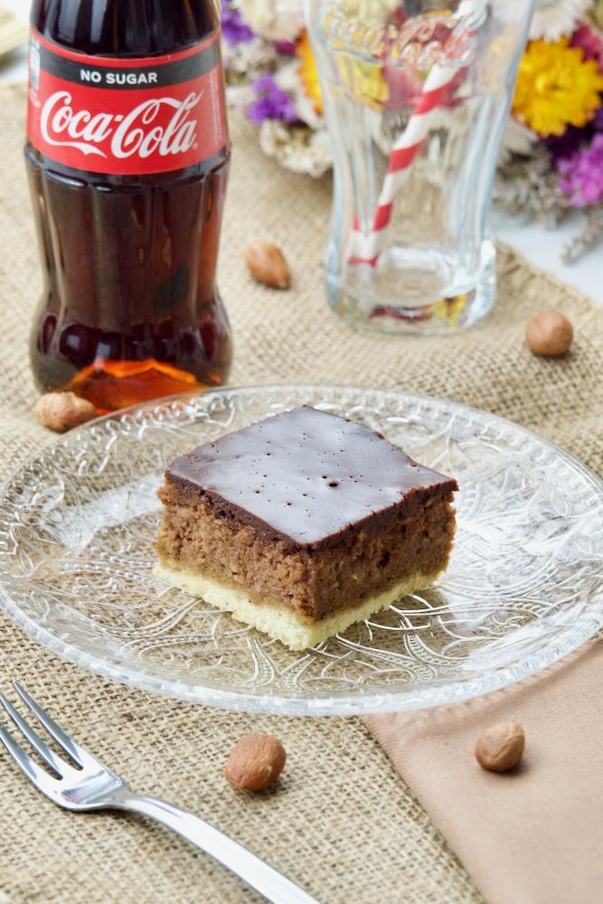 Čokoladni kolač sa lješnjacima