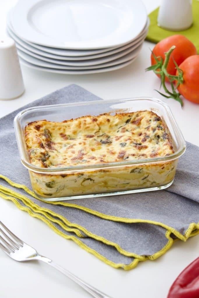 Alfredo lazanje sa piletinom i špinatom – Chicken alfredo lasagna