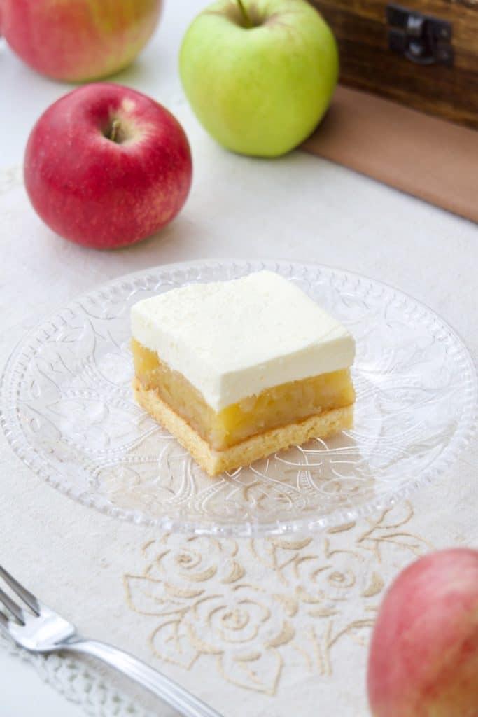 Kolač sa jabukama